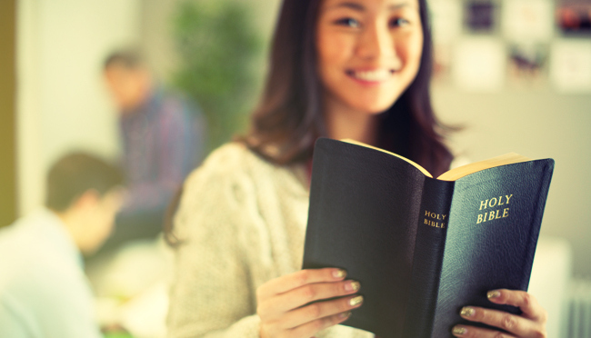 young-teen-and-bible.2